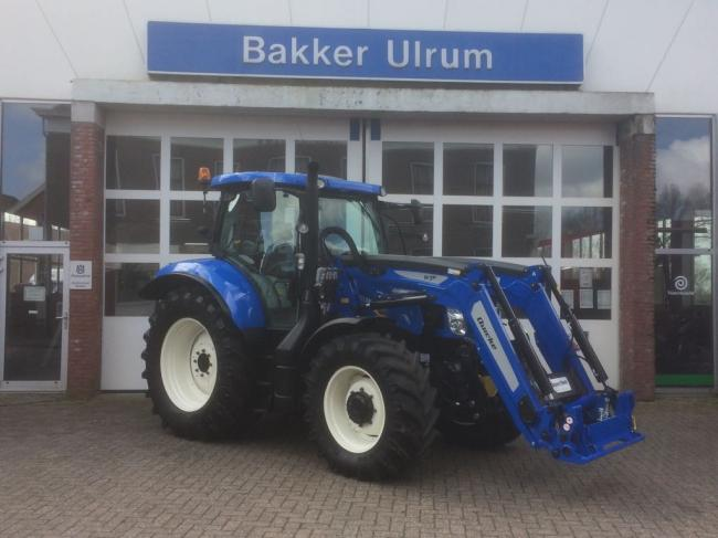 New Holland T6.140 AC met Quicke lader